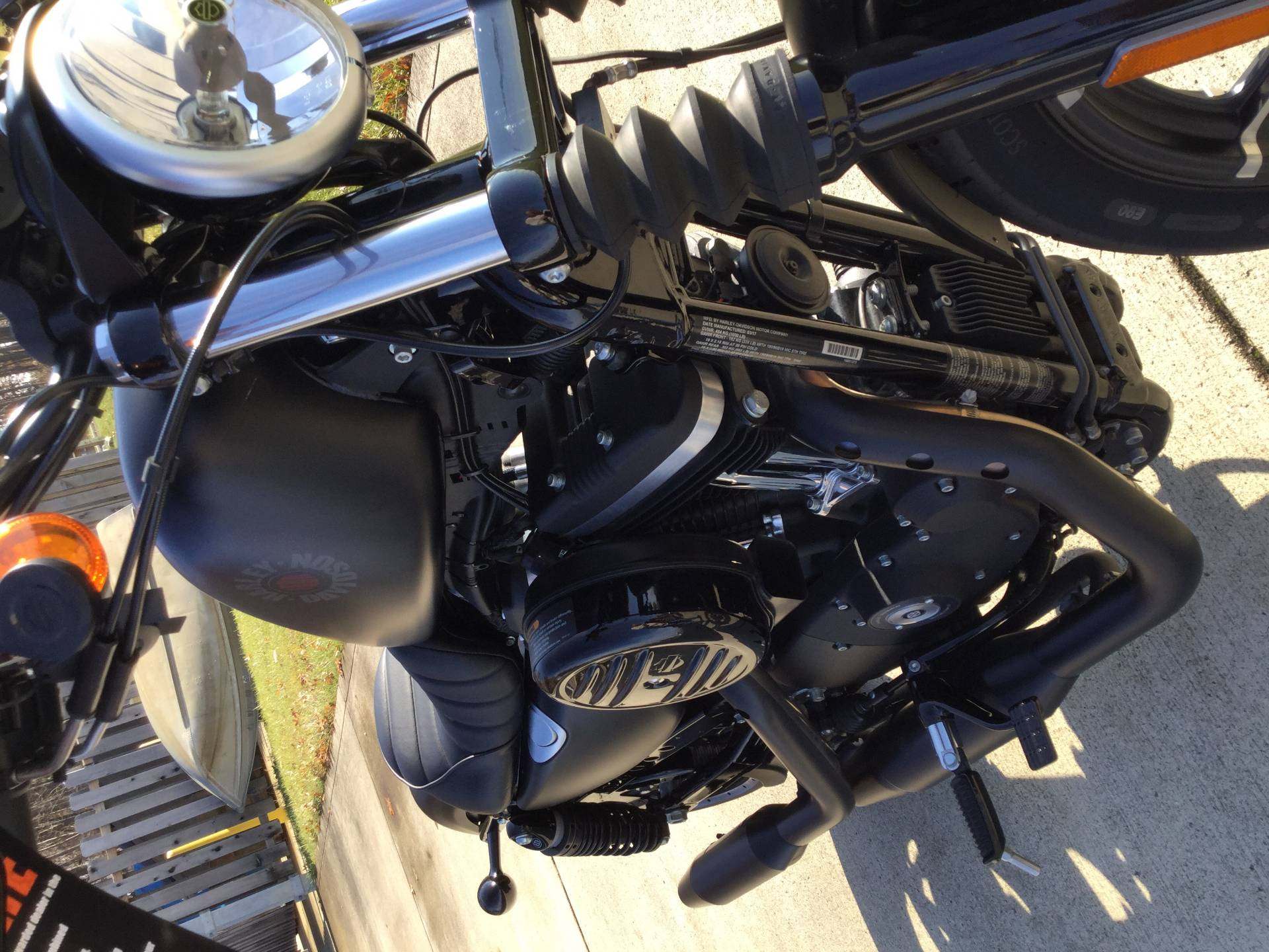 2017 Harley-Davidson Iron 883™ in Sunbury, Ohio - Photo 16