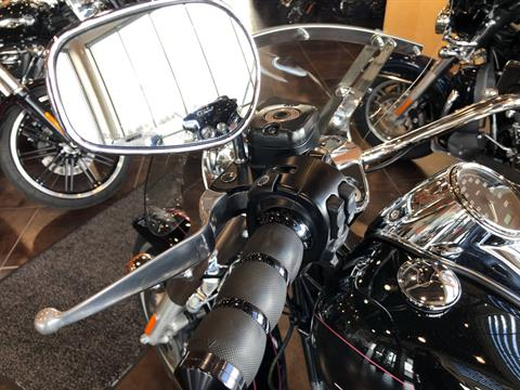 2016 Harley-Davidson Freewheeler in Sunbury, Ohio - Photo 16