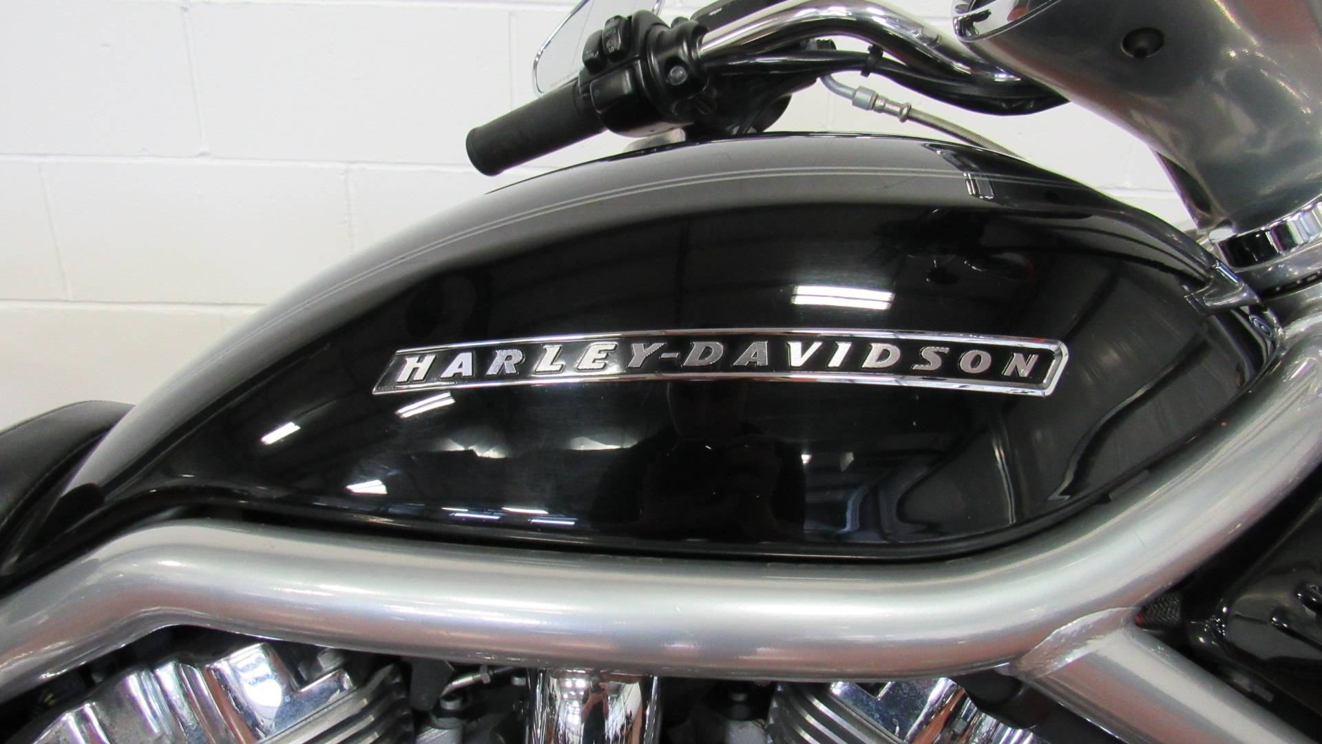 2007 Harley-Davidson VRSCAW V-Rod® Patriot Special Edition in Sunbury, Ohio