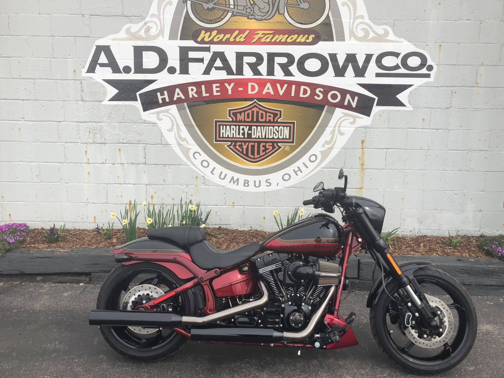 2017 Harley-Davidson CVO™ Pro Street Breakout® in Sunbury, Ohio - Photo 3