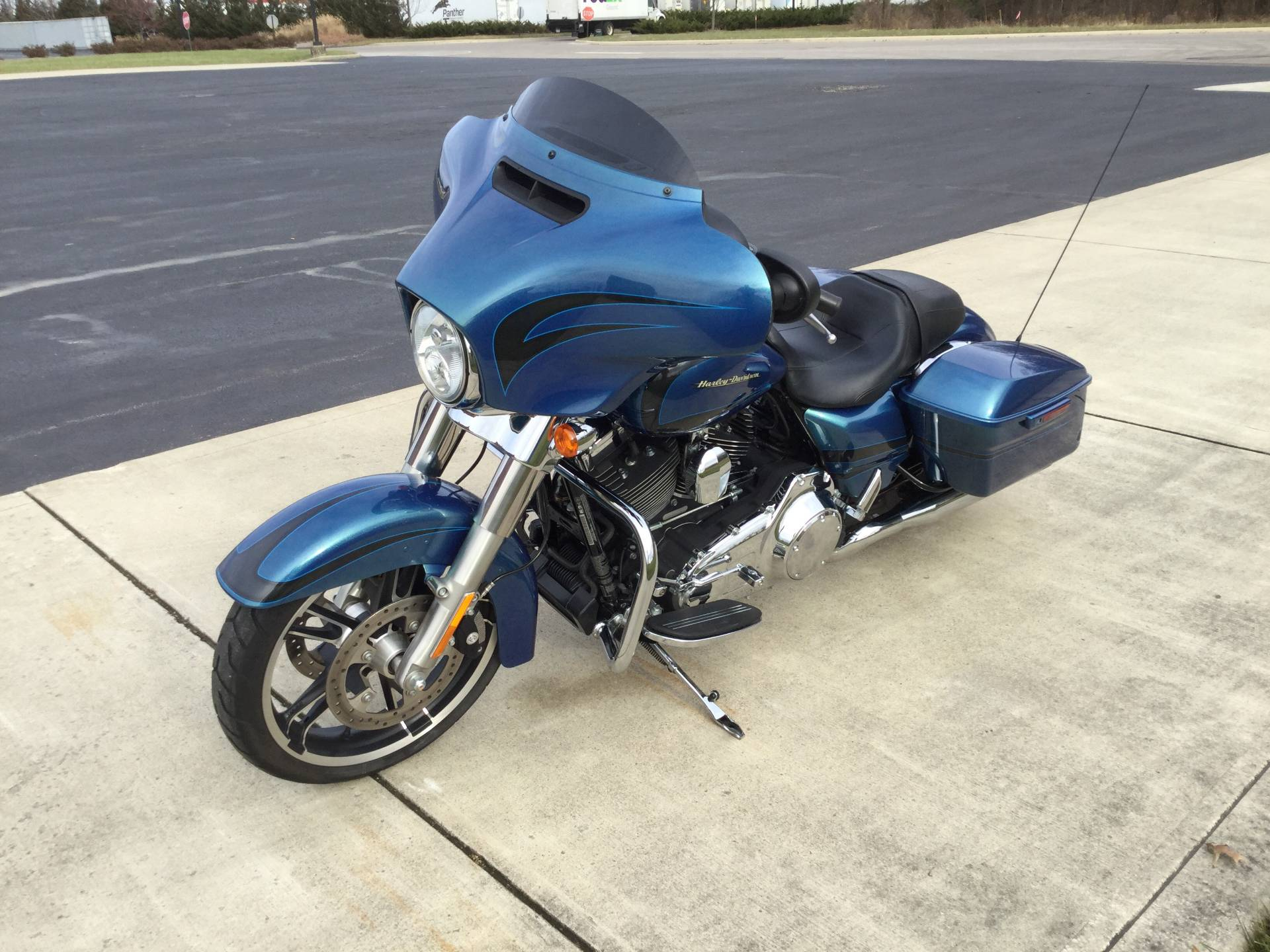 2014 Harley-Davidson Street Glide in Sunbury, Ohio - Photo 5