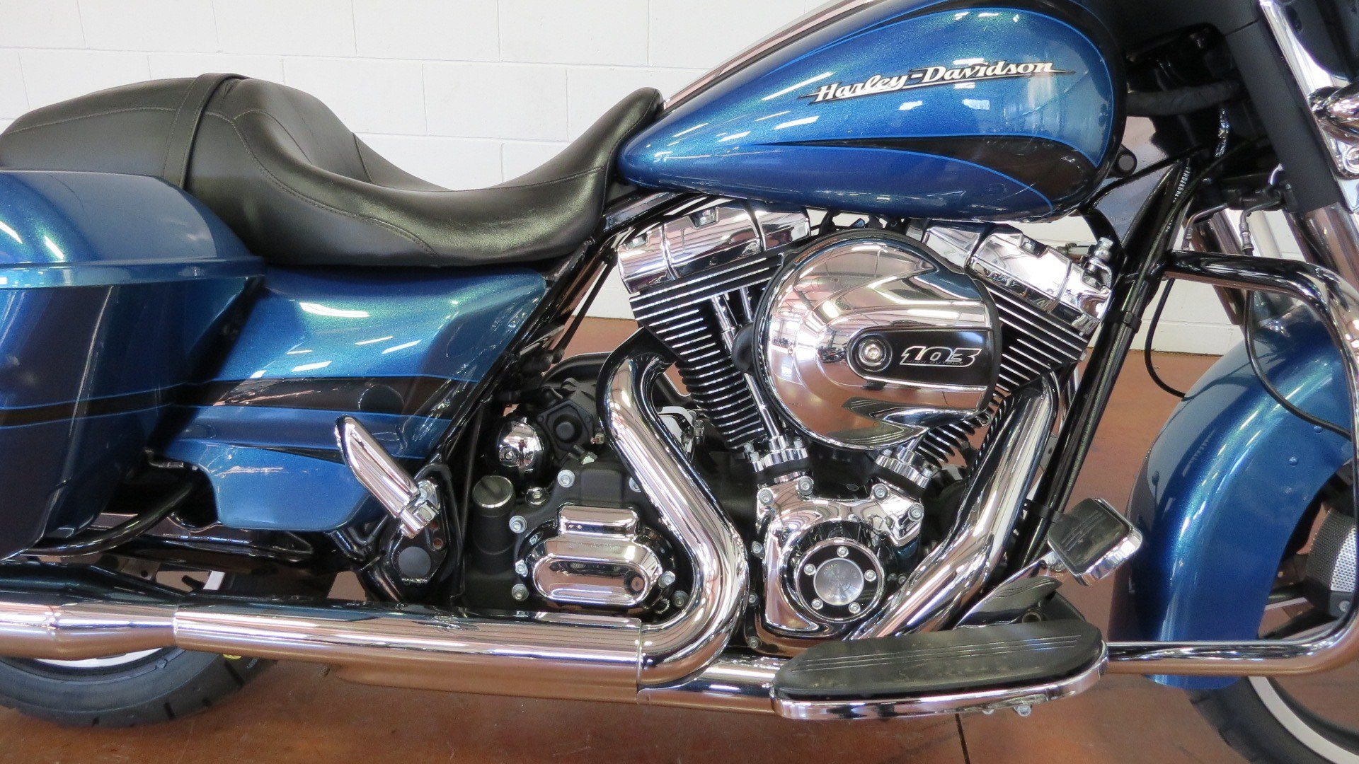 2014 Harley-Davidson Street Glide in Sunbury, Ohio - Photo 26
