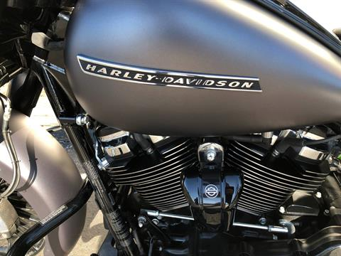 2017 Harley-Davidson FLHRXS in Sunbury, Ohio - Photo 10