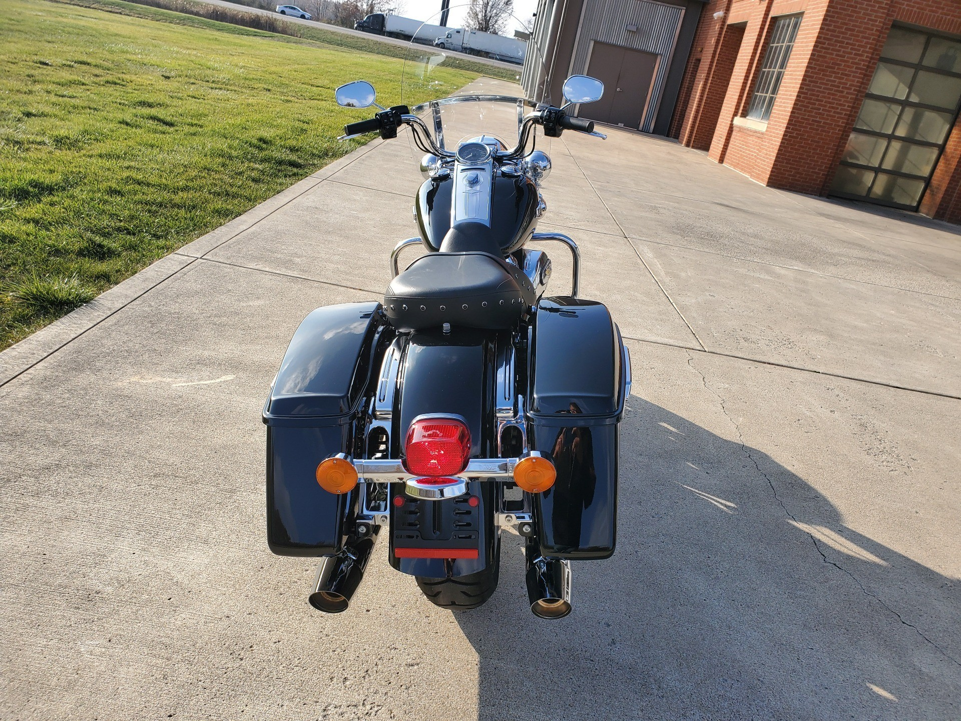 2019 Harley-Davidson ROAD KING in Sunbury, Ohio - Photo 6