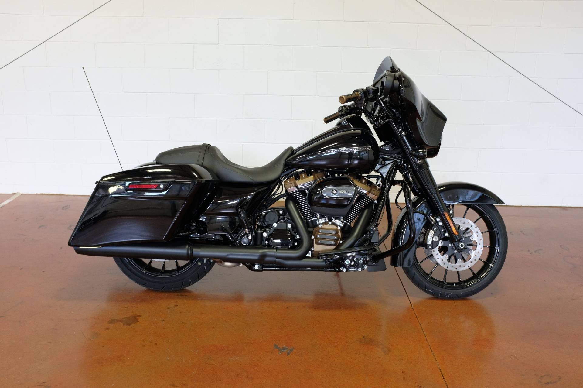 2019 Harley-Davidson Street Glide® Special in Sunbury, Ohio - Photo 13