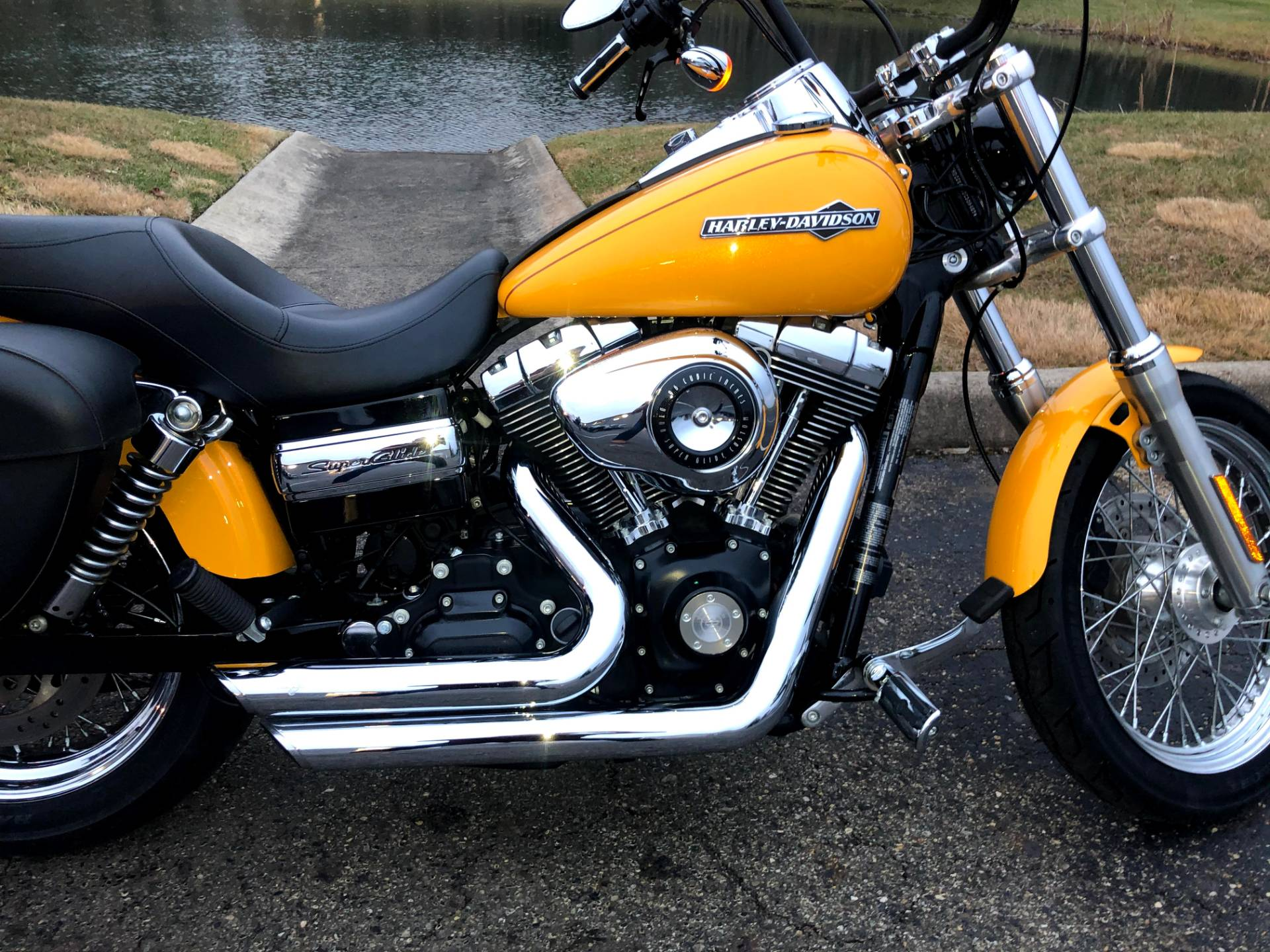 2013 Harley-Davidson Dyna® Super Glide® Custom in Sunbury, Ohio - Photo 9