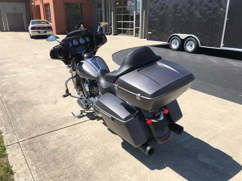 2017 Harley-Davidson STREET GLIDE SPECIAL in Sunbury, Ohio - Photo 6
