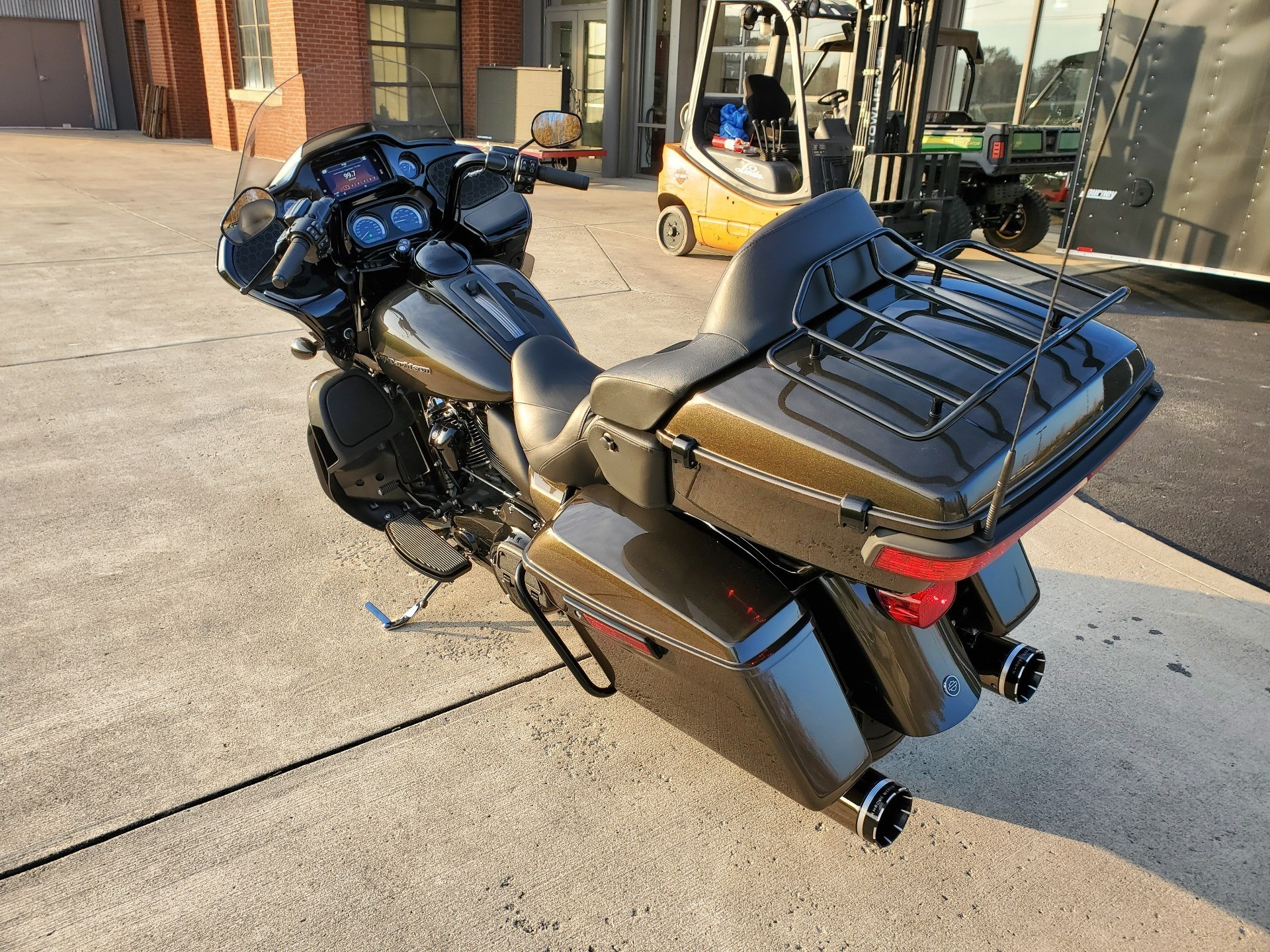 2020 Harley-Davidson Road Glide® Limited in Sunbury, Ohio - Photo 14