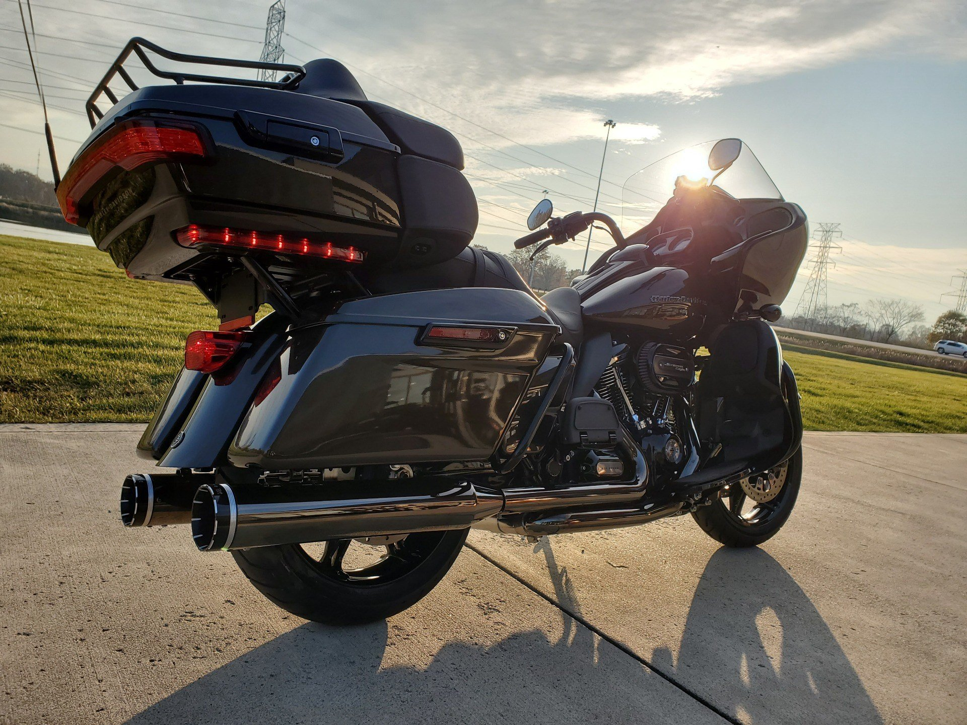 2020 Harley-Davidson Road Glide® Limited in Sunbury, Ohio - Photo 6