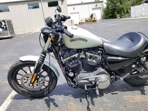 2015 Harley-Davidson Iron 883™ in Sunbury, Ohio - Photo 11