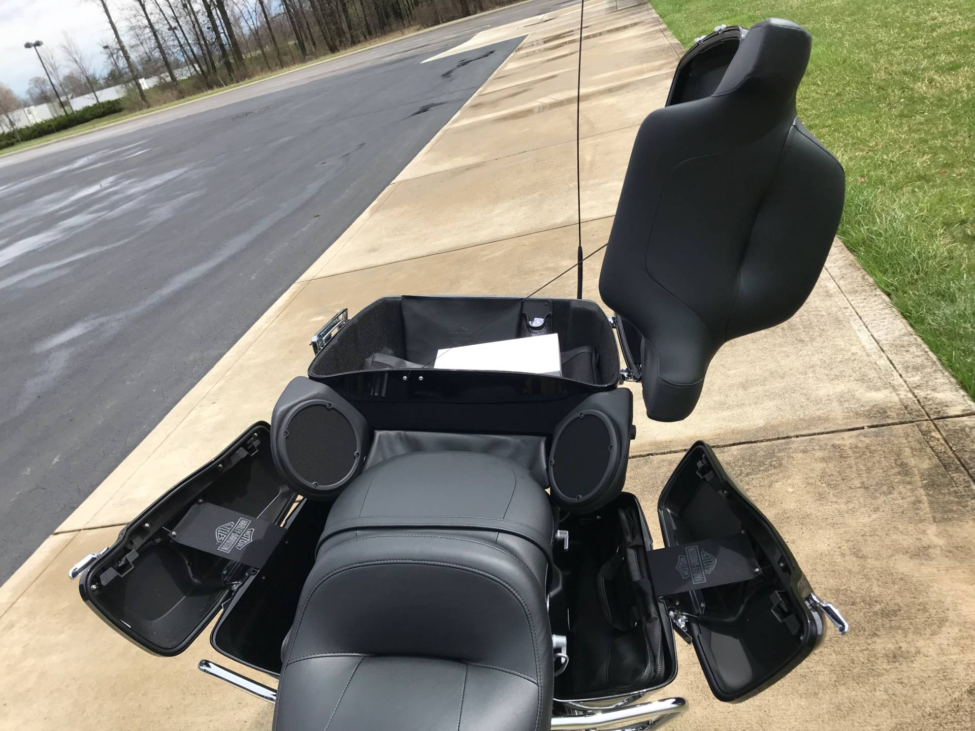 2019 Harley-Davidson Ultra Limited in Sunbury, Ohio - Photo 14