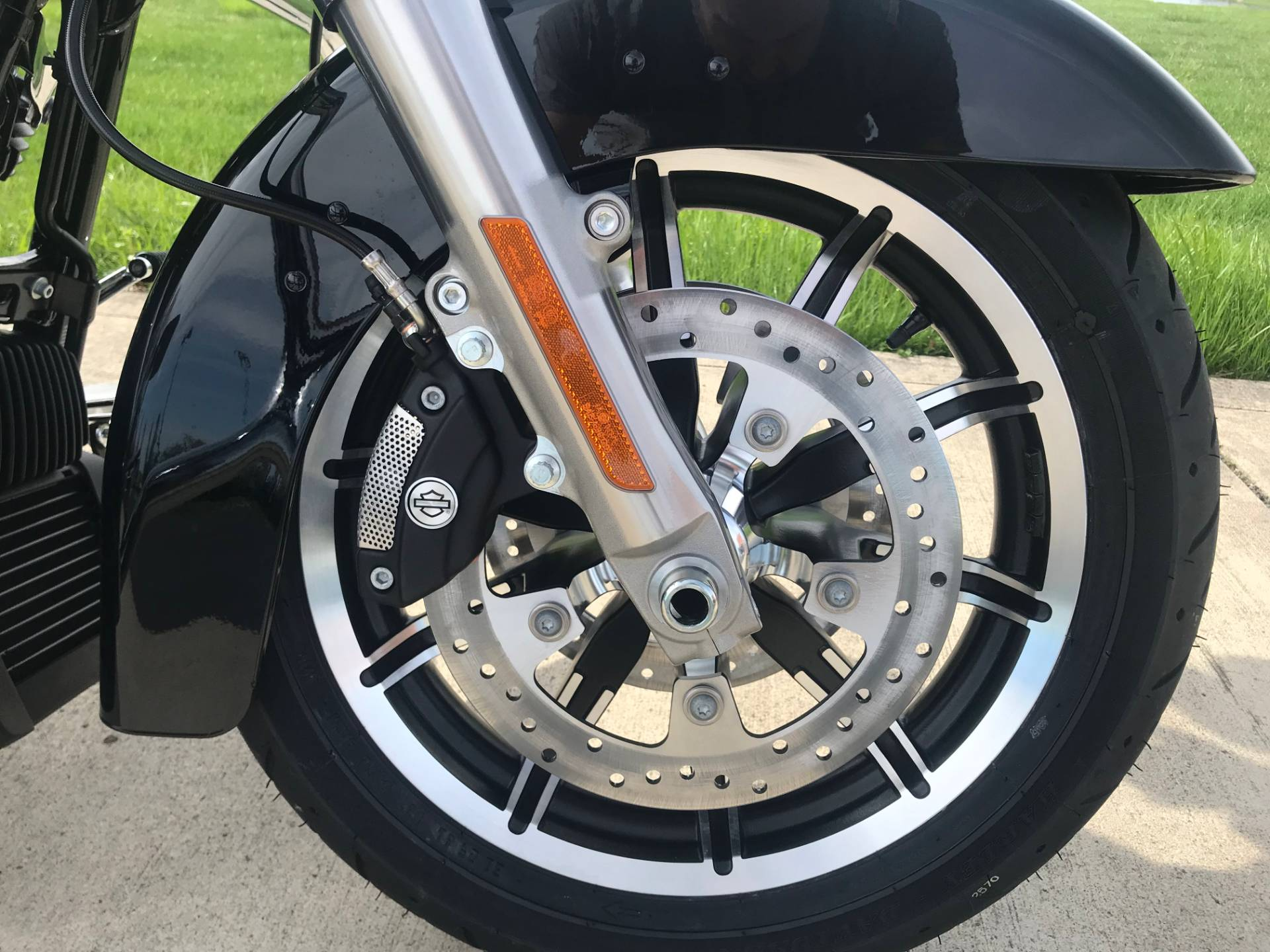 2019 Harley-Davidson Electra Glide Standard in Sunbury, Ohio - Photo 17