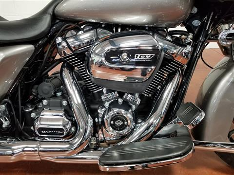2017 Harley-Davidson Road Glide® in Sunbury, Ohio - Photo 17