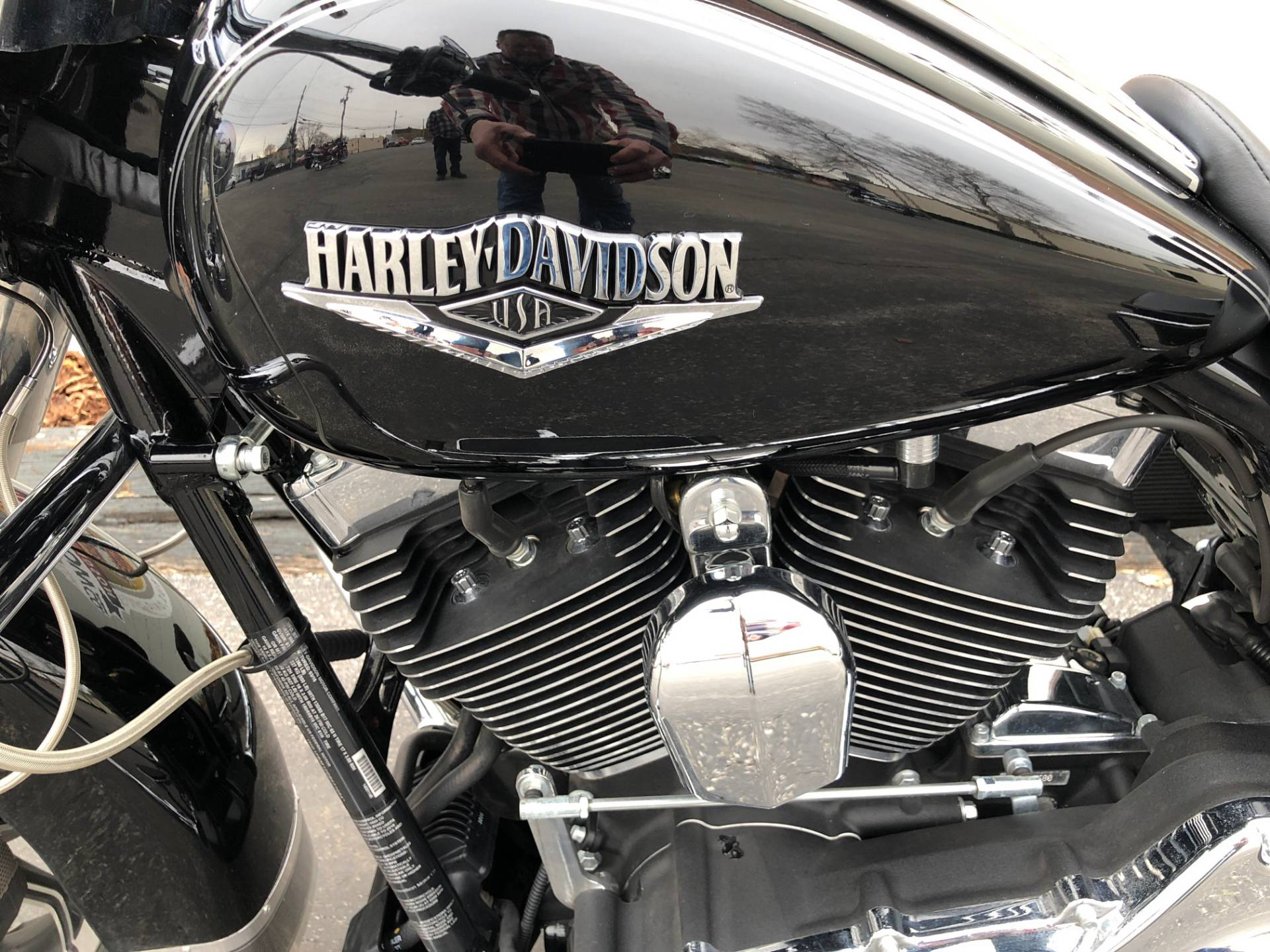 2015 Harley-Davidson Road King® in Sunbury, Ohio - Photo 10