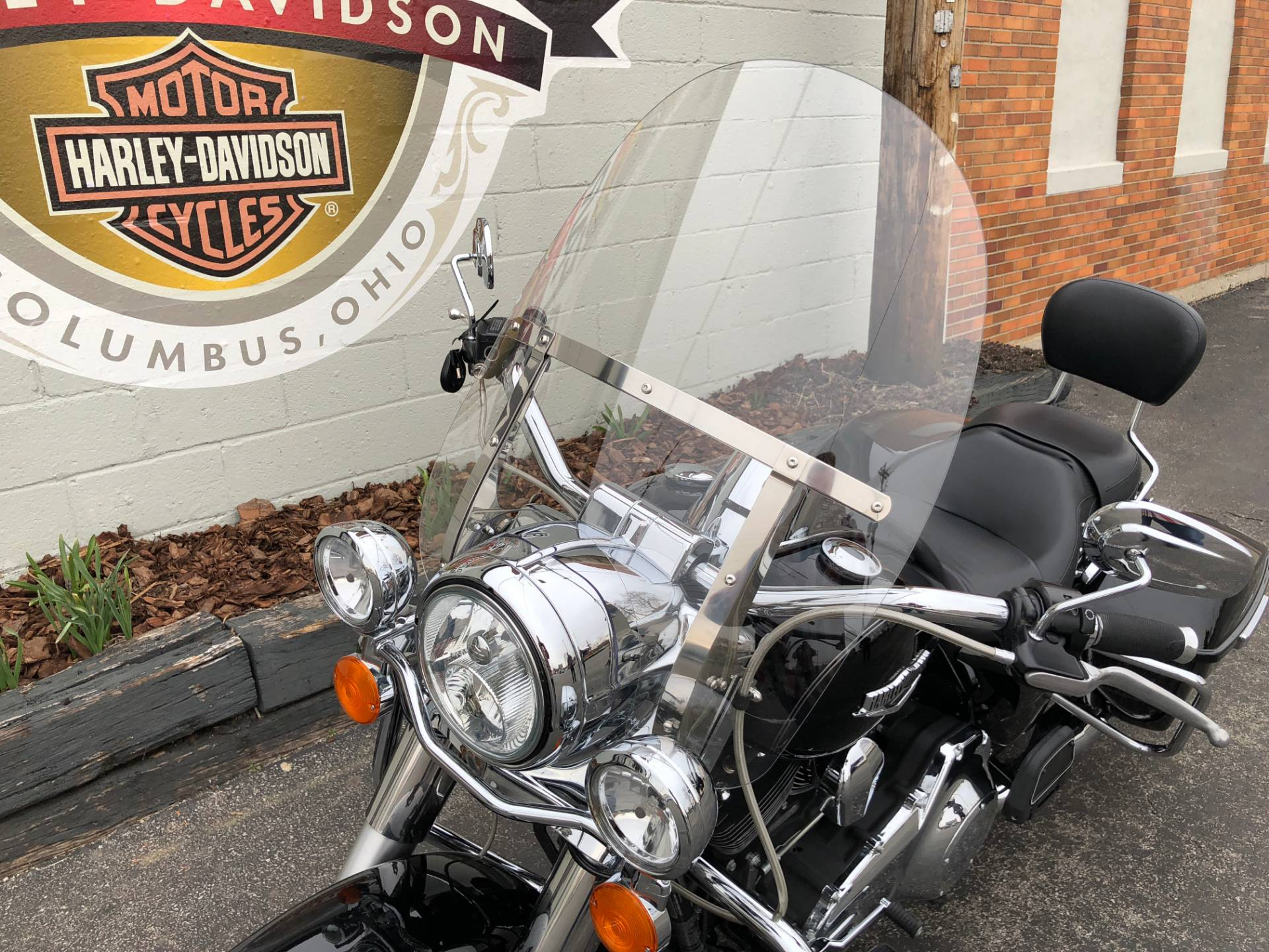 2015 Harley-Davidson Road King® in Sunbury, Ohio - Photo 8