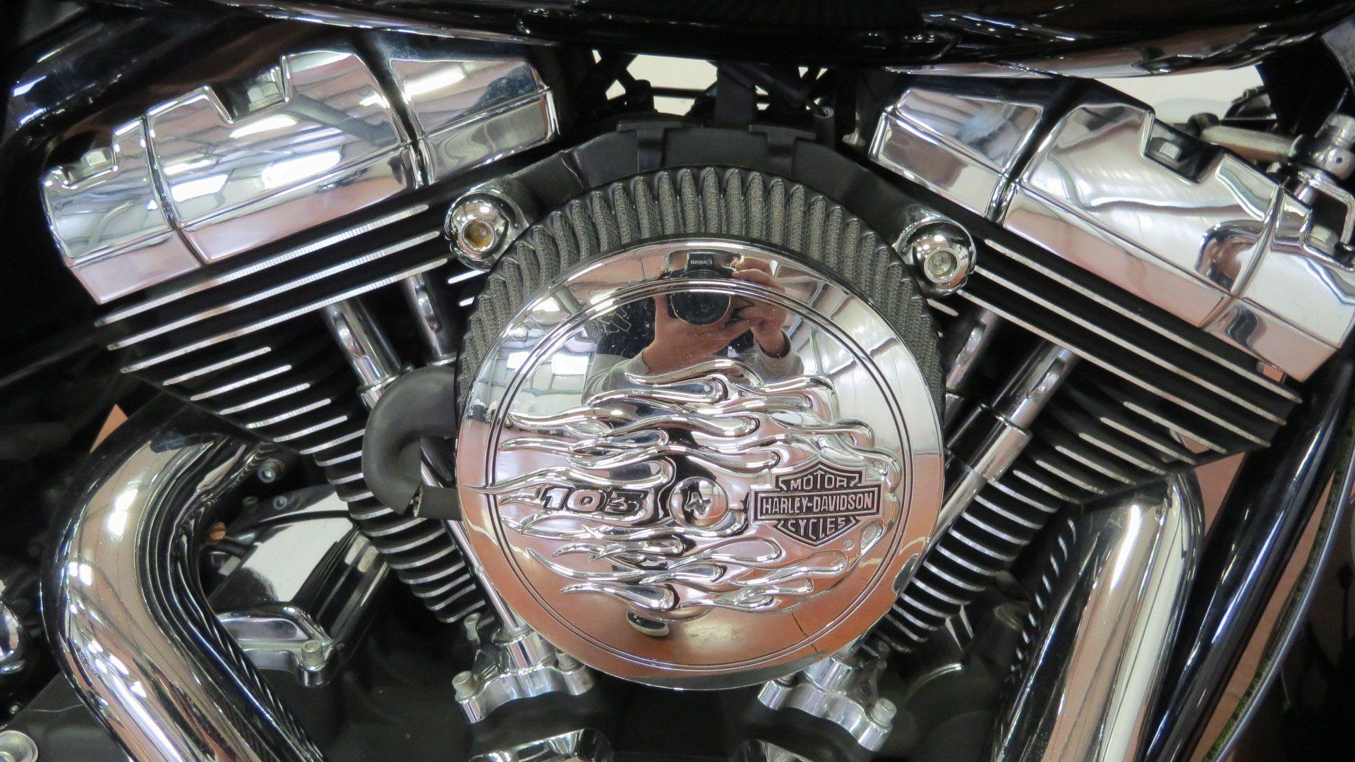 2015 Harley-Davidson Road Glide® in Sunbury, Ohio - Photo 3