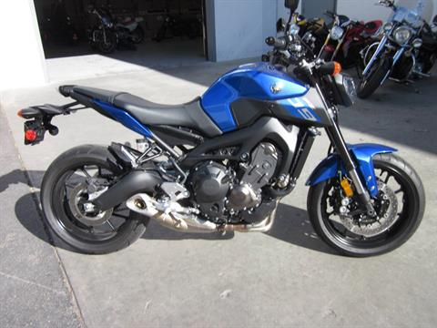 2016 Yamaha FZ-09 in Moorpark, California