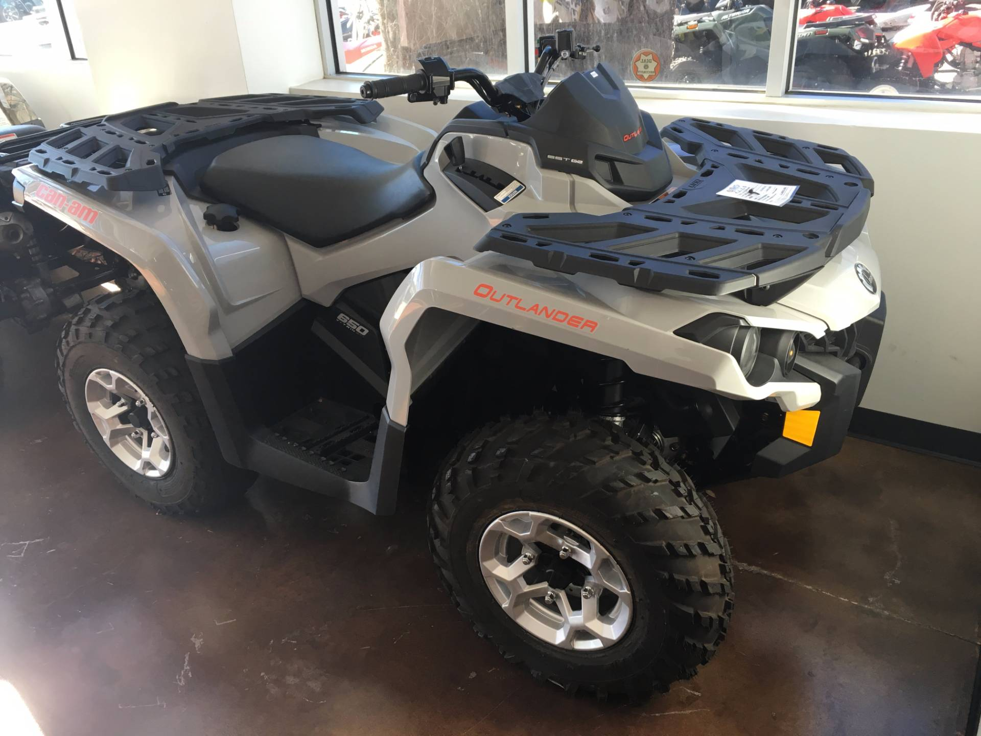 2016 Can-Am Outlander DPS 650 in Moorpark, California
