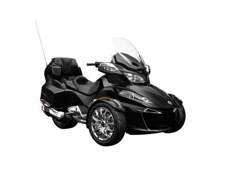 2016 Can-Am Spyder RT Limited in Moorpark, California