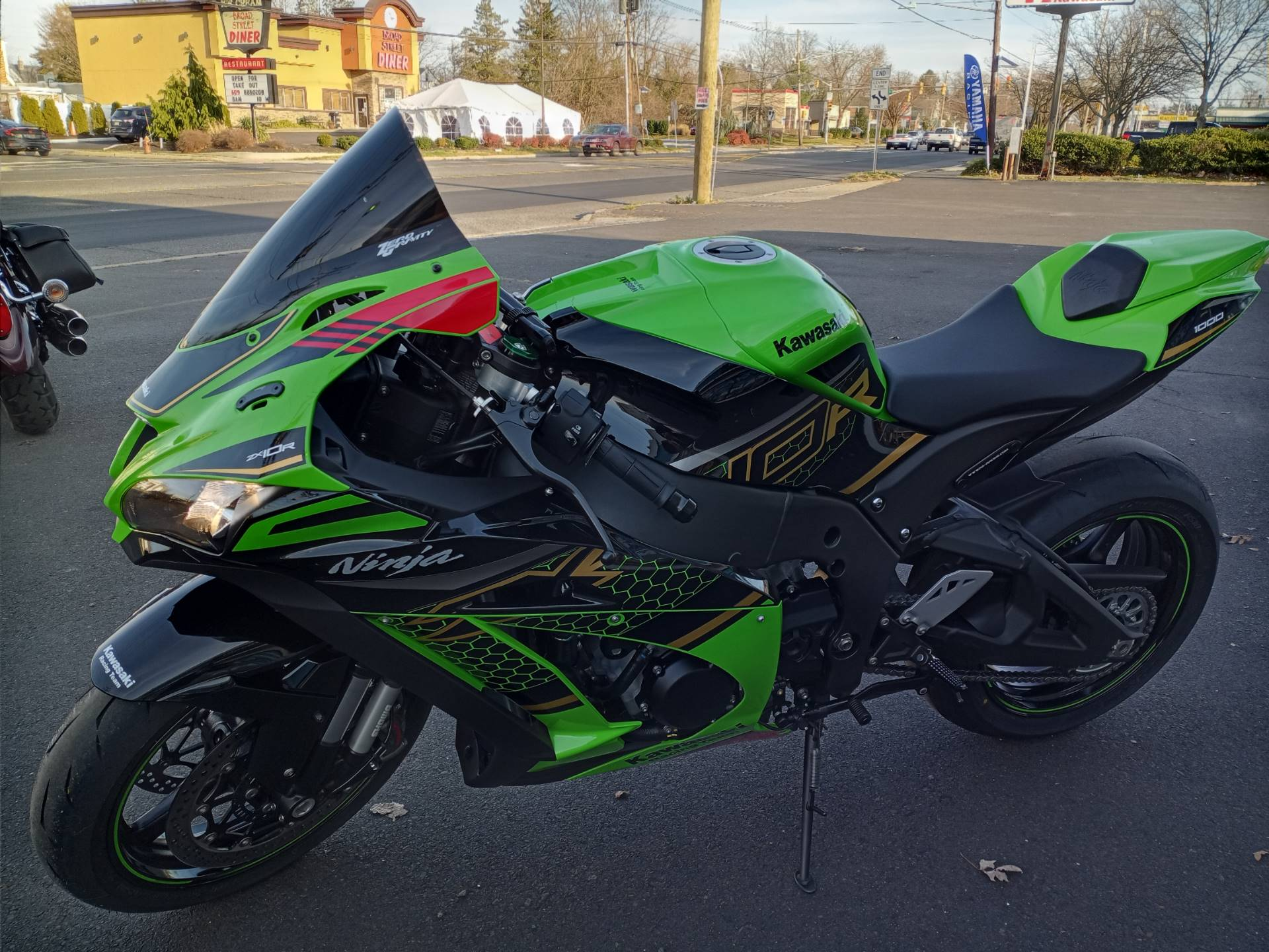 2020 Kawasaki Ninja ZX-10R KRT Edition in Hamilton, New Jersey - Photo 2