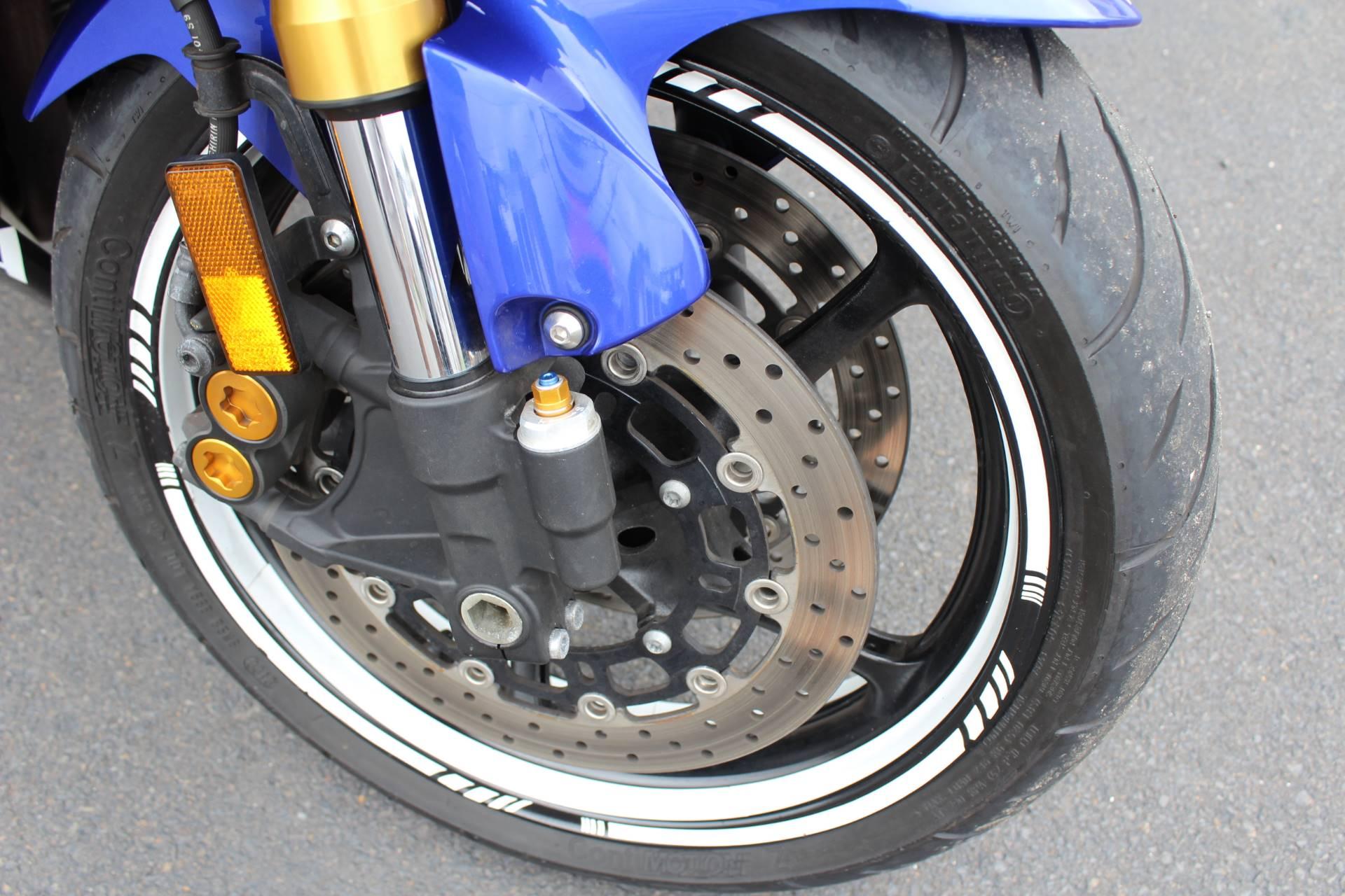 2009 Yamaha YZFR6 4