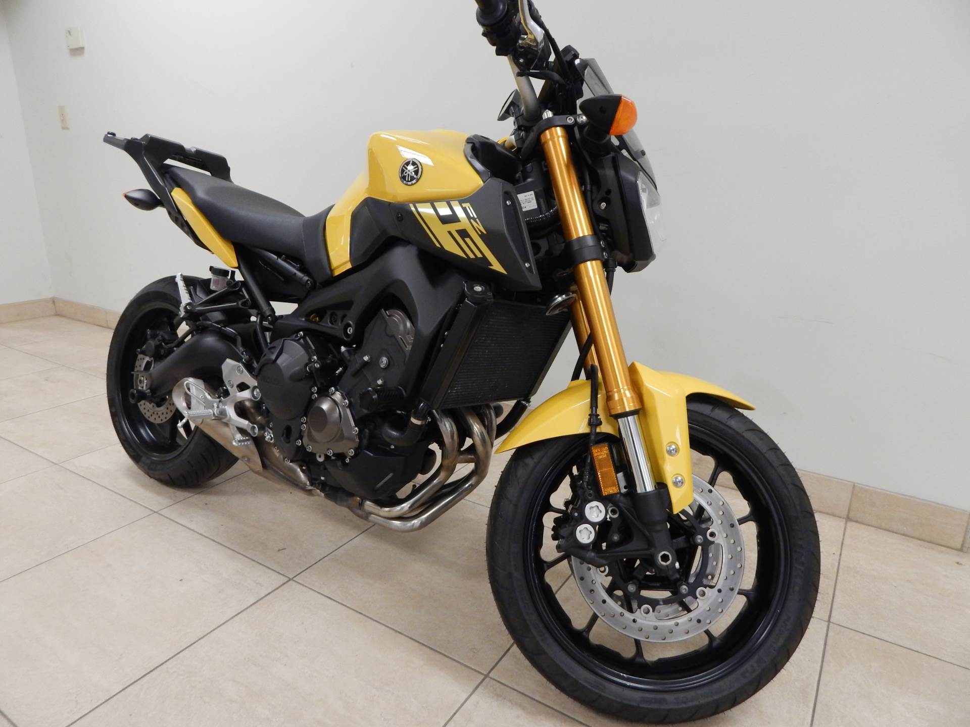 2015 Yamaha FZ-09 in Concord, New Hampshire