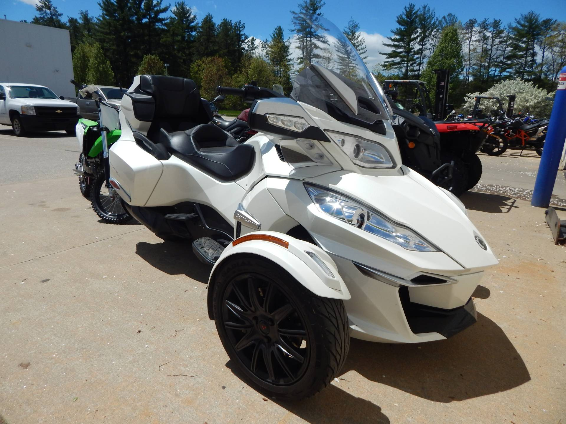 2017 Can-Am Spyder RT SE6 in Concord, New Hampshire - Photo 1