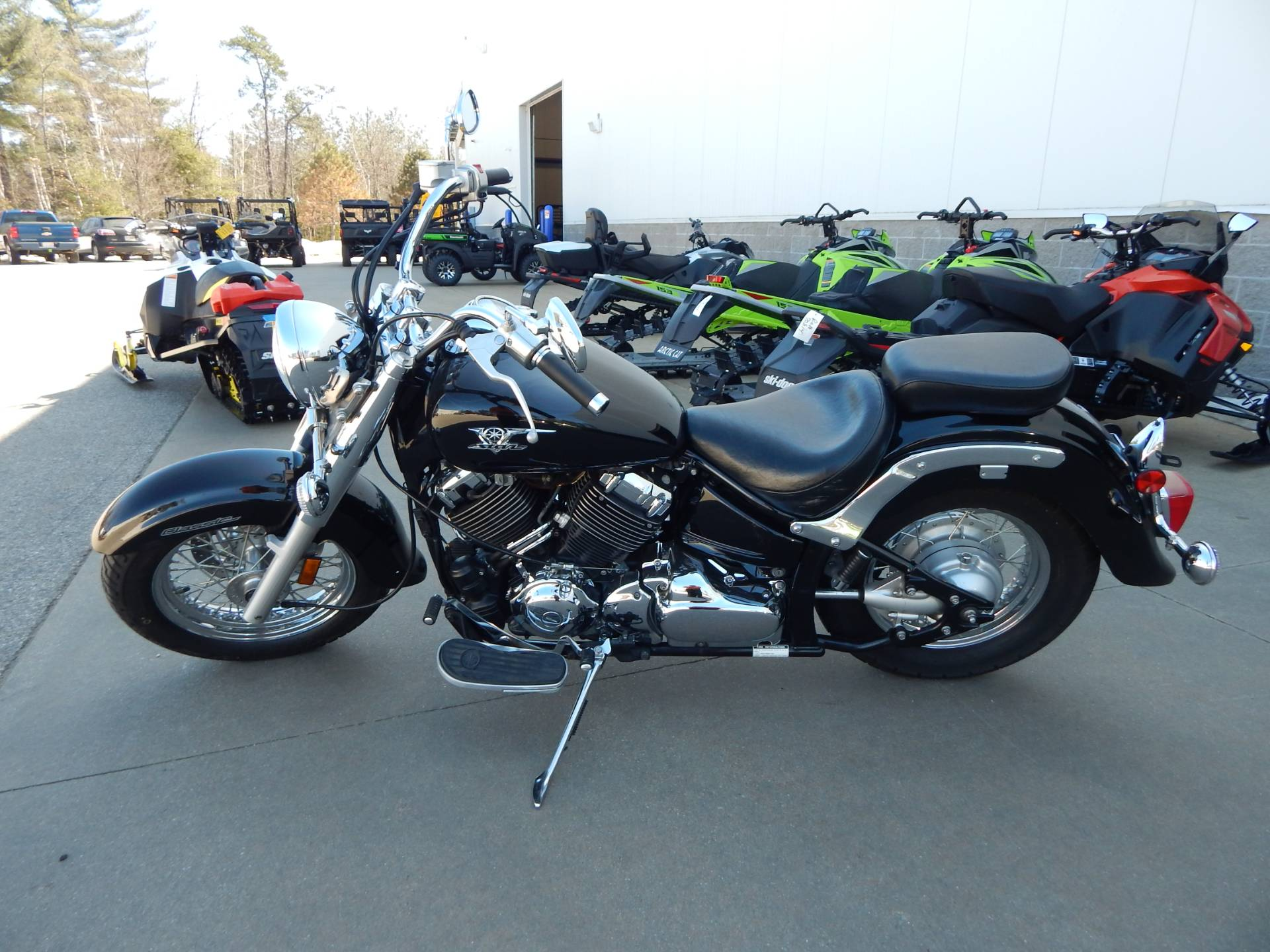 2008 Yamaha V Star 650 in Concord, New Hampshire - Photo 2