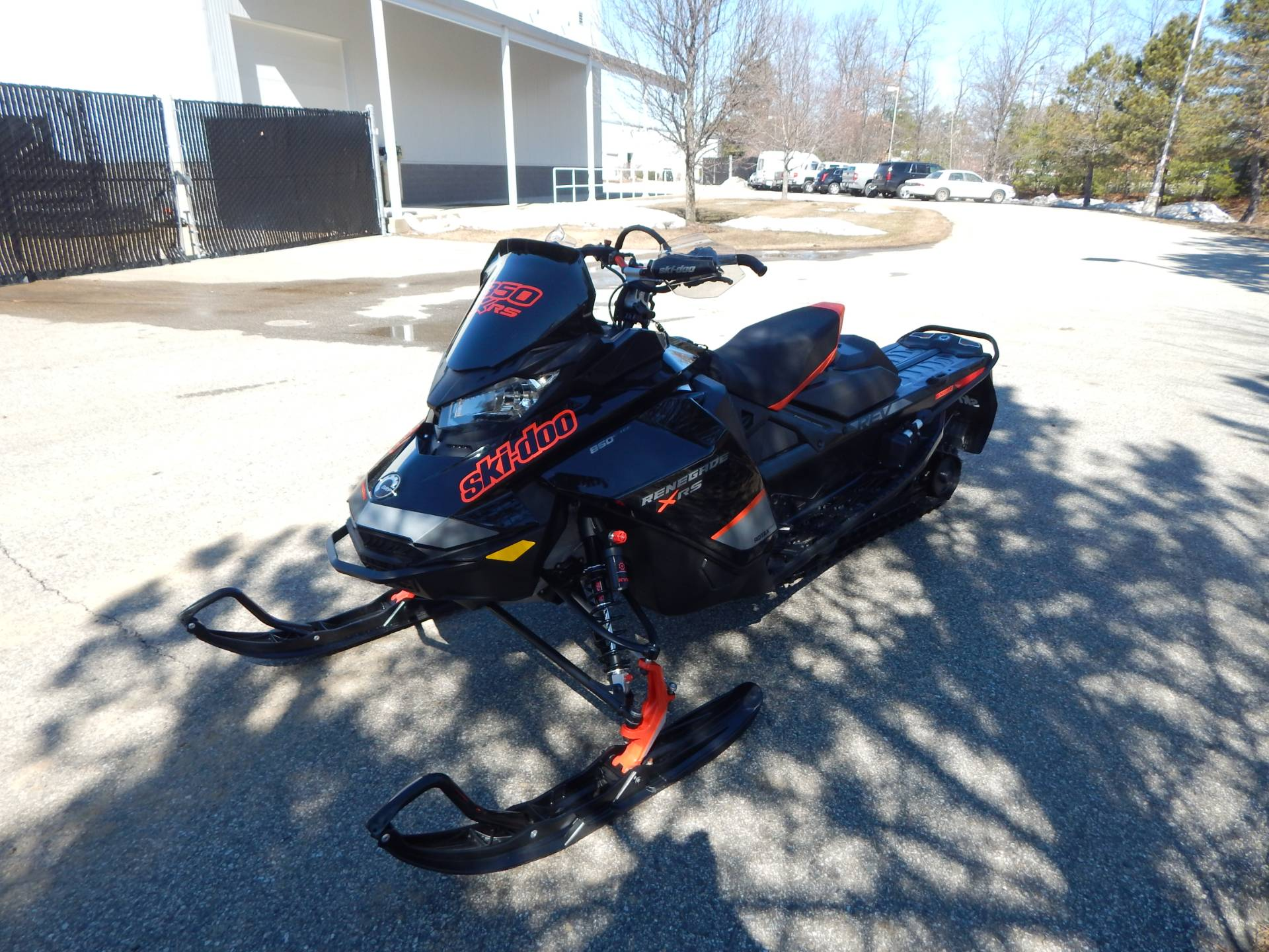 2020 Ski-Doo Renegade X-RS 850 E-Tec in Concord, New Hampshire - Photo 5