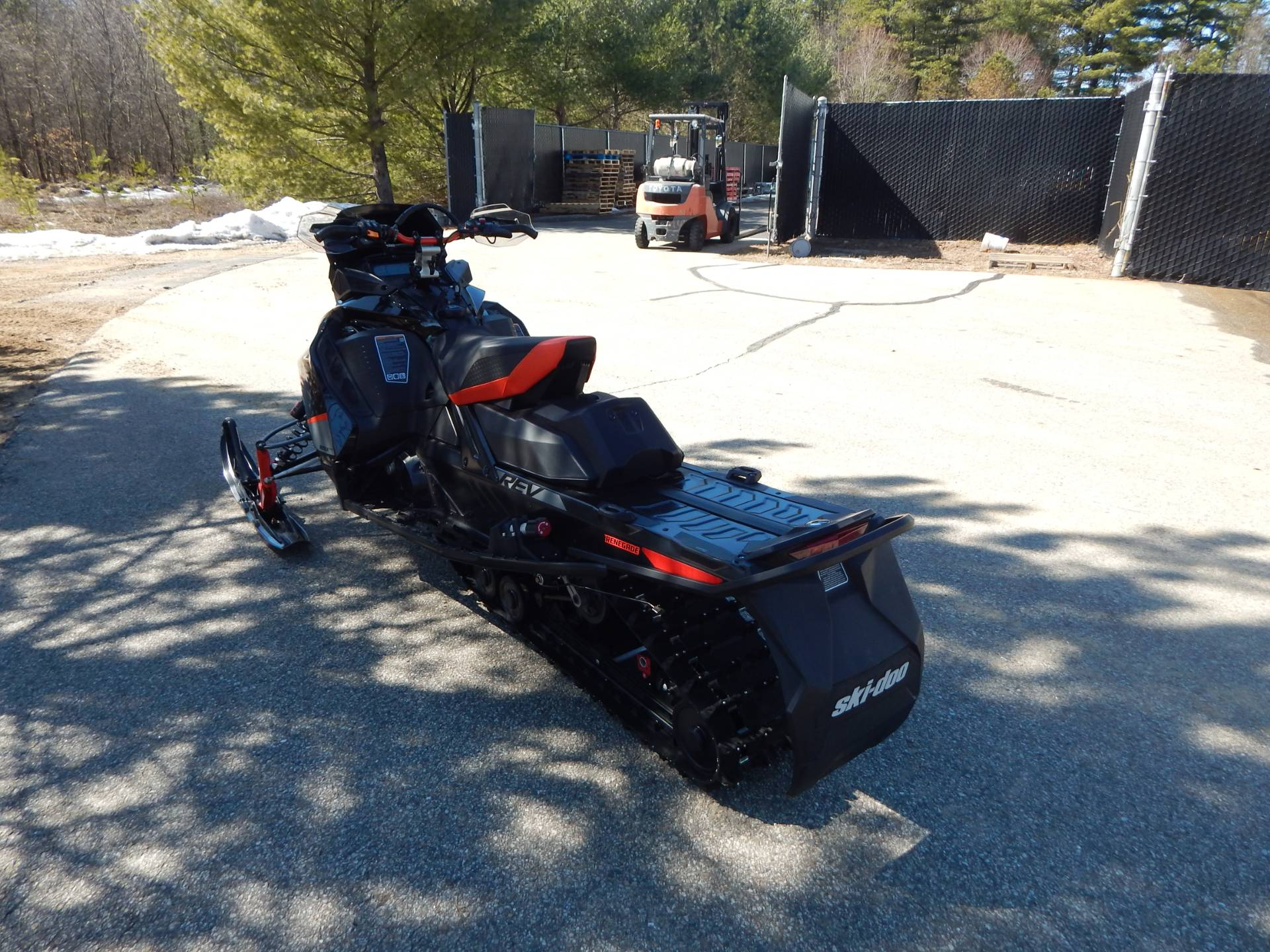 2020 Ski-Doo Renegade X-RS 850 E-Tec in Concord, New Hampshire - Photo 7