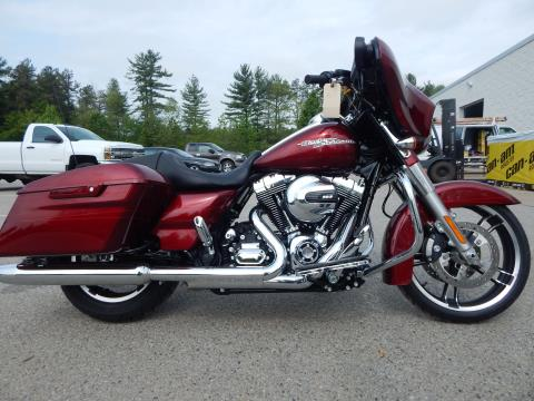 2016 Harley-Davidson Street Glide® Special in Concord, New Hampshire
