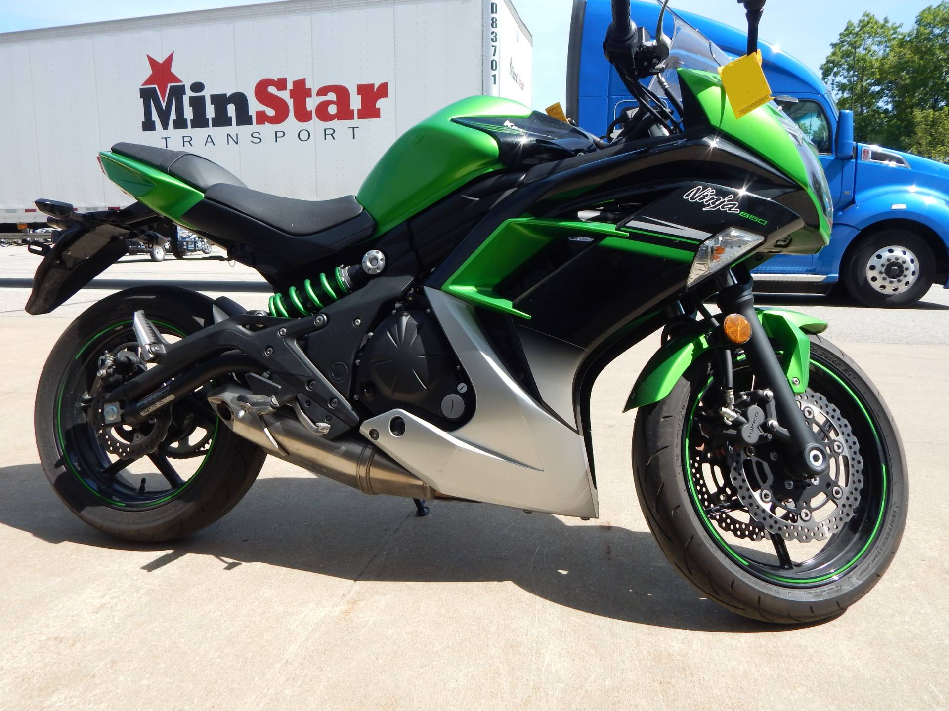 2016 Kawasaki Ninja 650 in Concord, New Hampshire - Photo 3