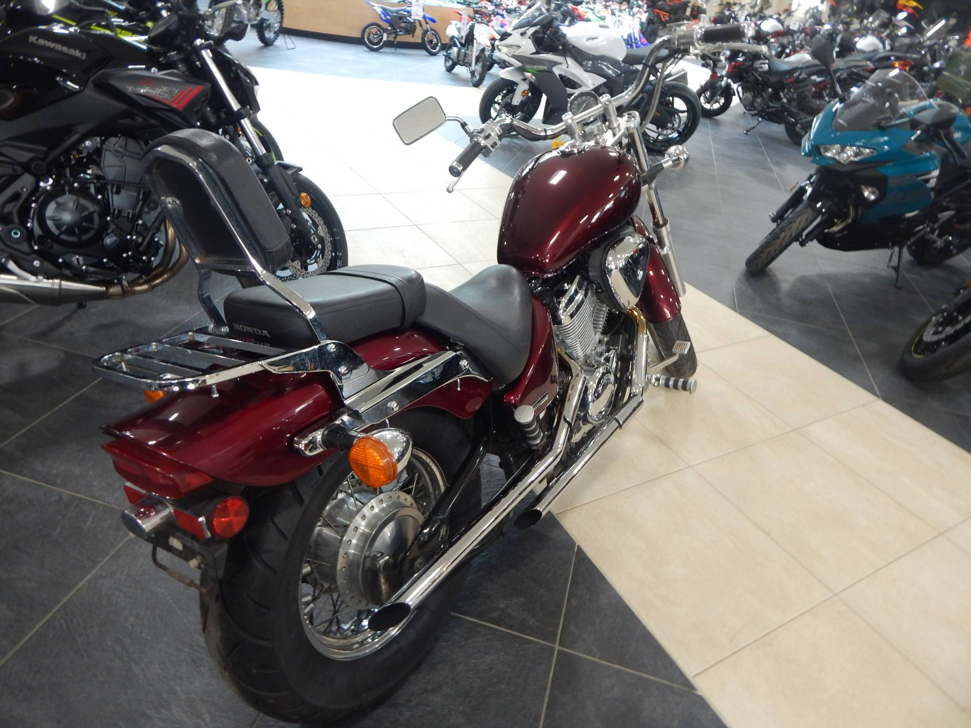 2004 Honda Shadow VLX Deluxe in Concord, New Hampshire - Photo 6