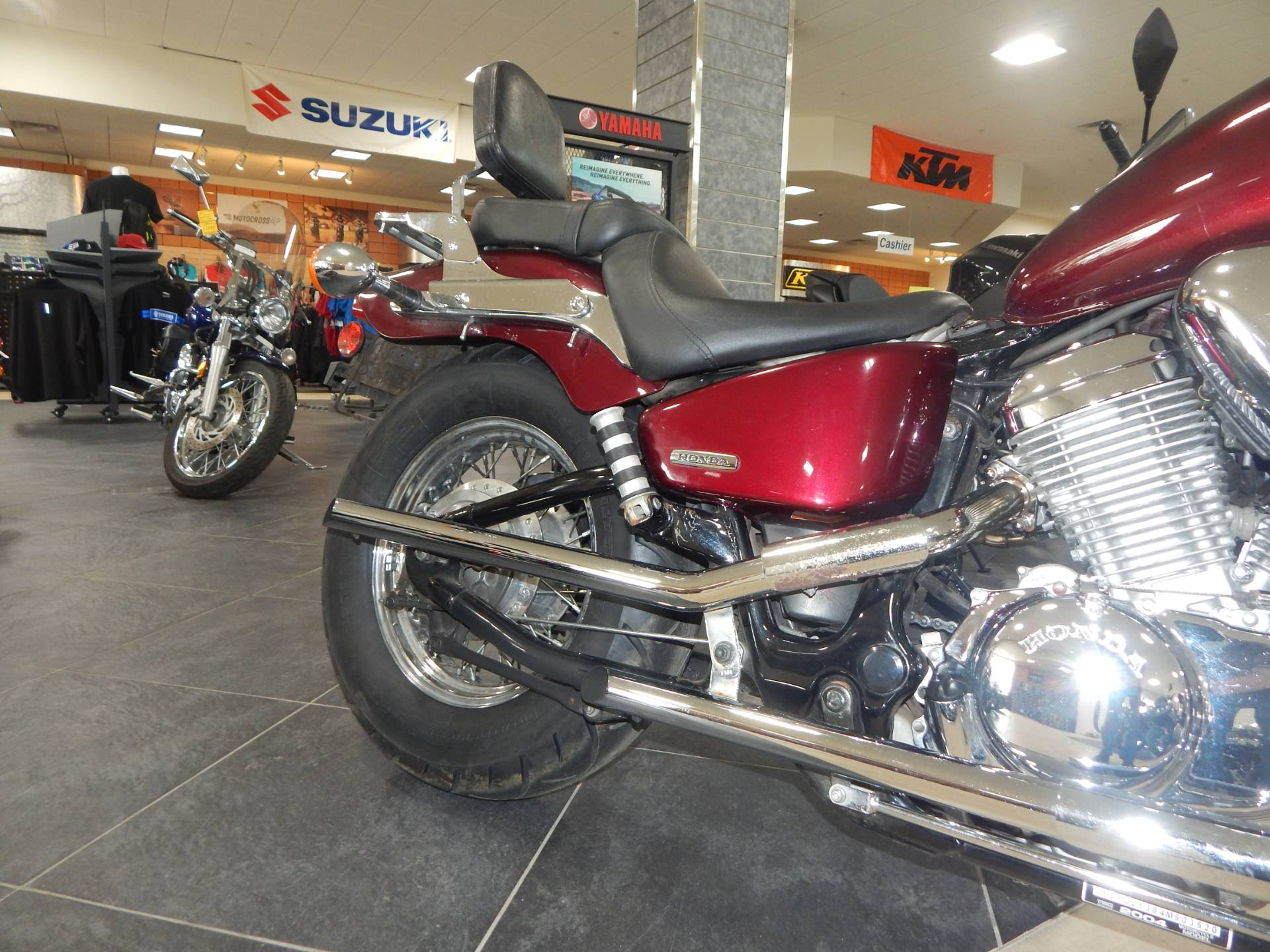 2004 Honda Shadow VLX Deluxe in Concord, New Hampshire - Photo 14
