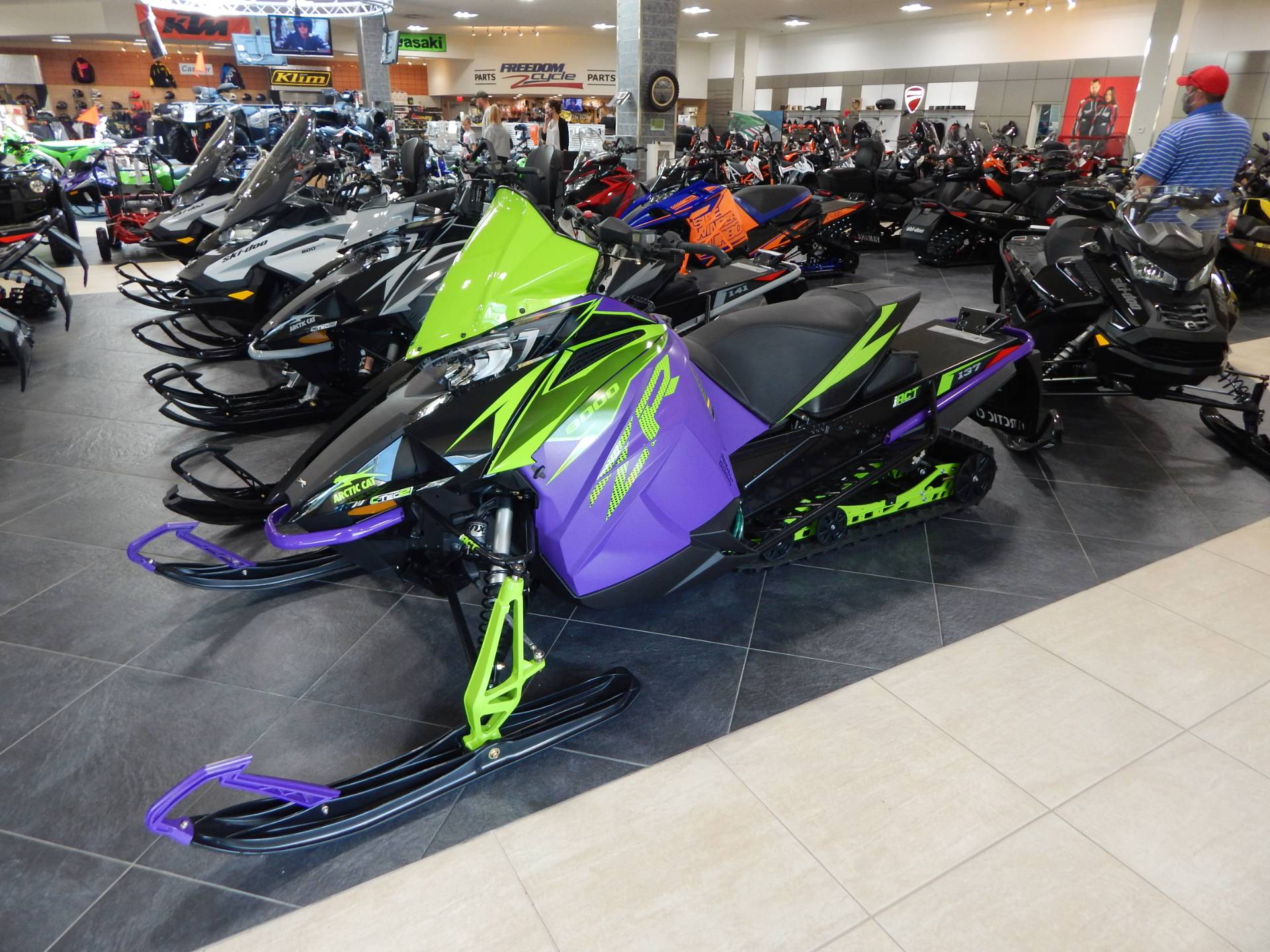 2019 Arctic Cat ZR 8000 Limited ES 137 iACT in Concord, New Hampshire - Photo 2