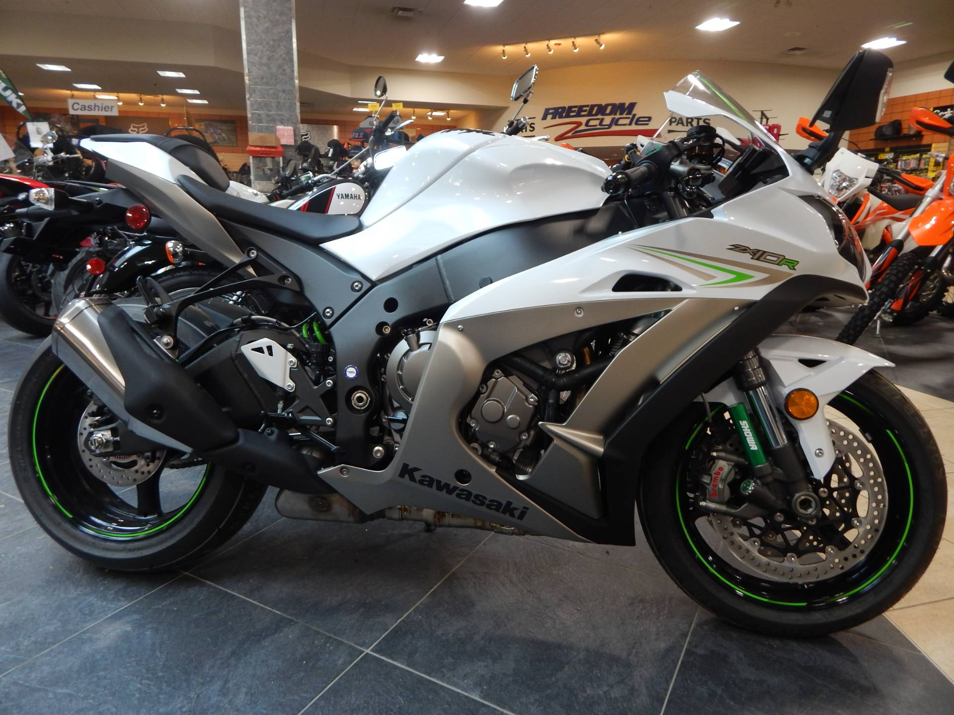2017 Kawasaki Ninja 1000 ABS in Concord, New Hampshire
