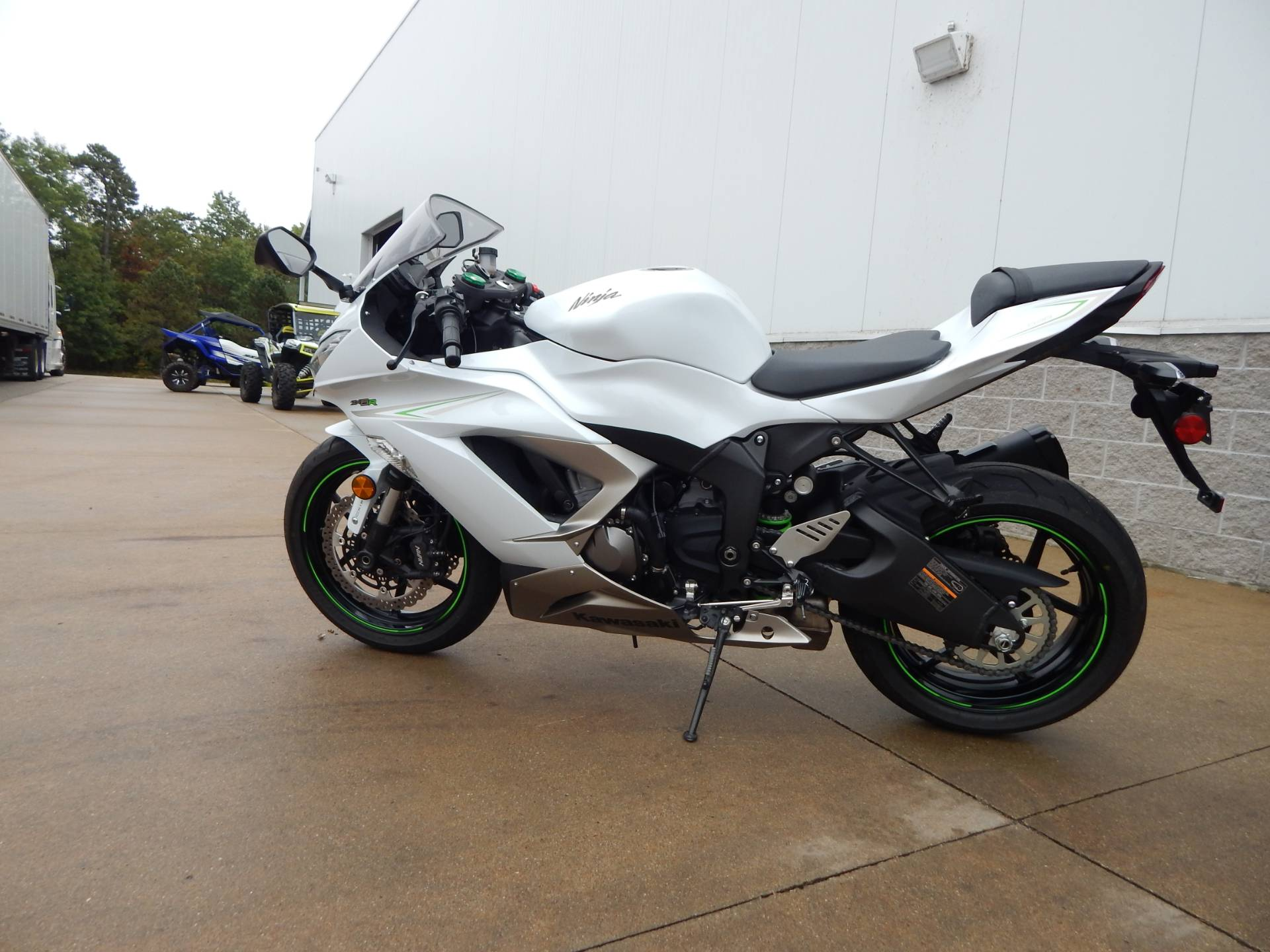 2017 Kawasaki Ninja ZX-6R in Concord, New Hampshire - Photo 3
