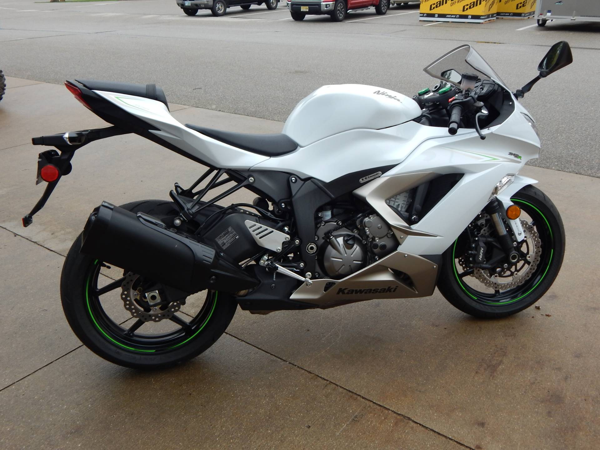 2017 Kawasaki Ninja ZX-6R in Concord, New Hampshire - Photo 7