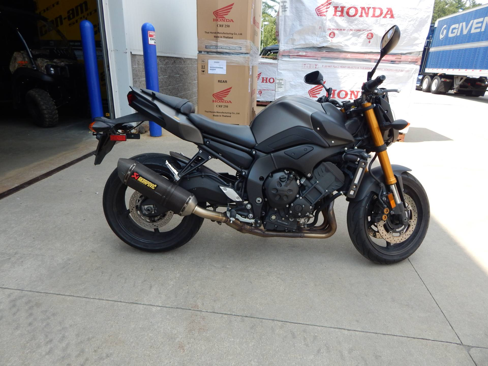 2012 Yamaha FZ8 in Concord, New Hampshire - Photo 2