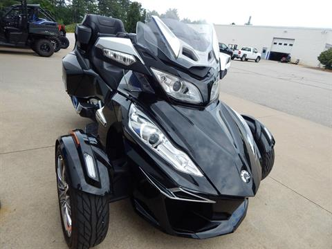 2015 Can-Am Spyder® RT Limited in Concord, New Hampshire - Photo 5