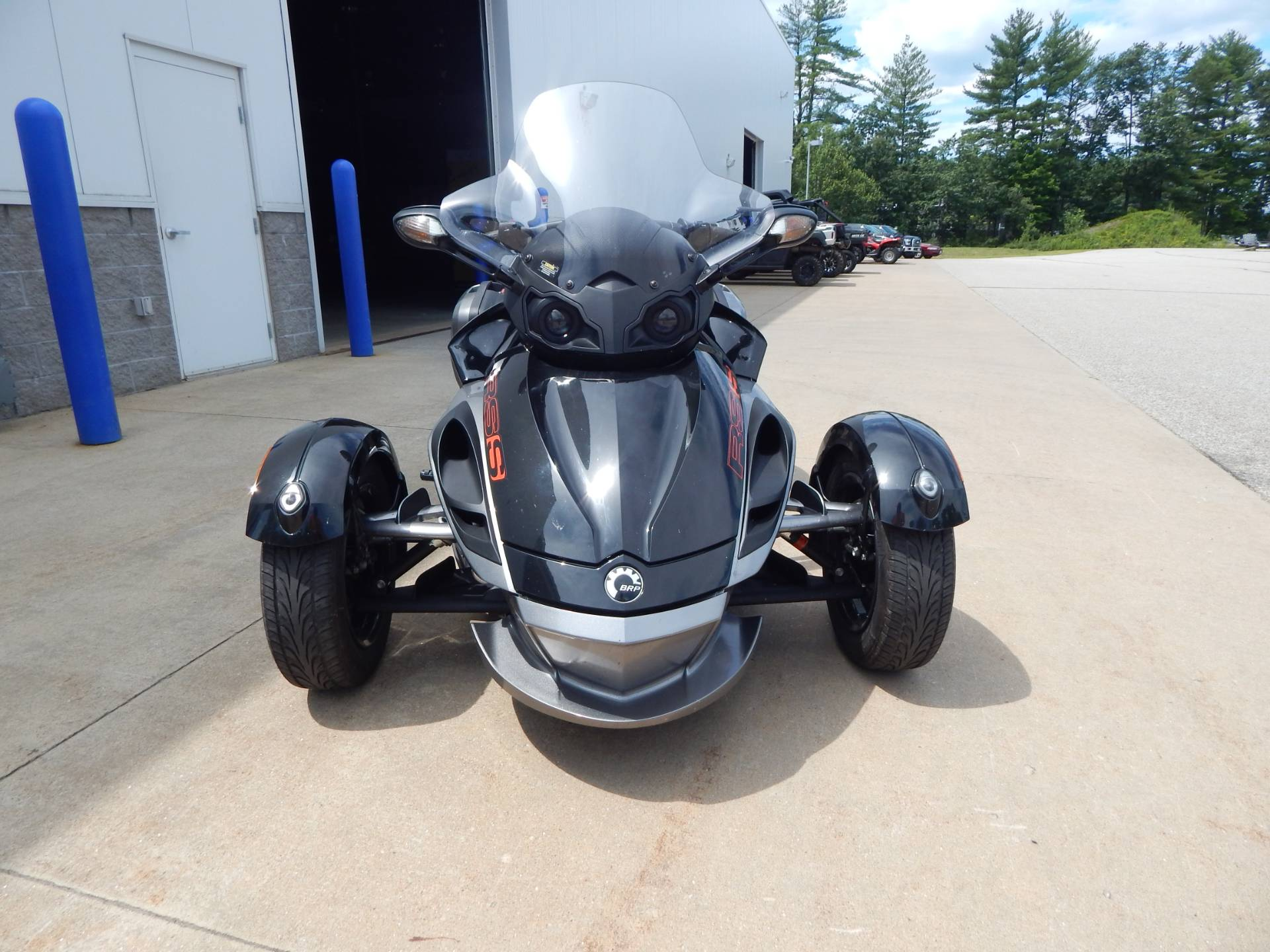2011 Can-Am Spyder® RS SE5 in Concord, New Hampshire - Photo 8