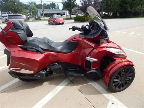 2016 Can-Am Spyder RT-S SE6 in Concord, New Hampshire