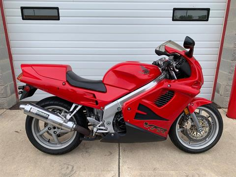 1996 Honda VFR750F in Monroe, Michigan - Photo 1