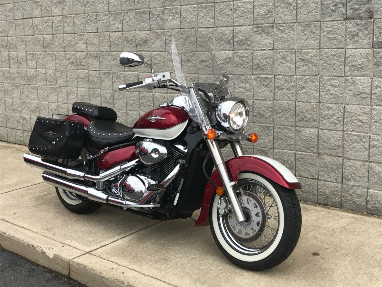 2008 Suzuki Boulevard C50T in Monroe, Michigan