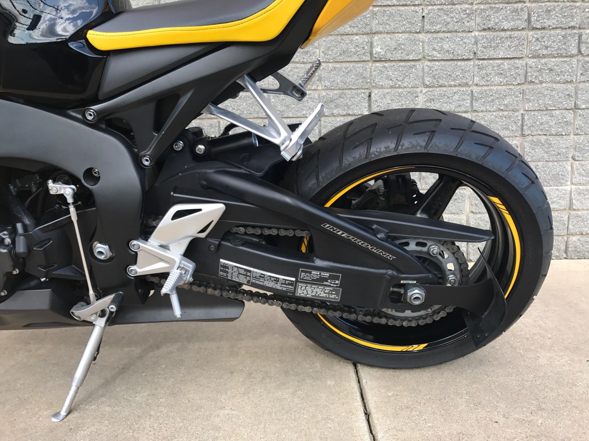 2008 Honda CBR1000RR 12