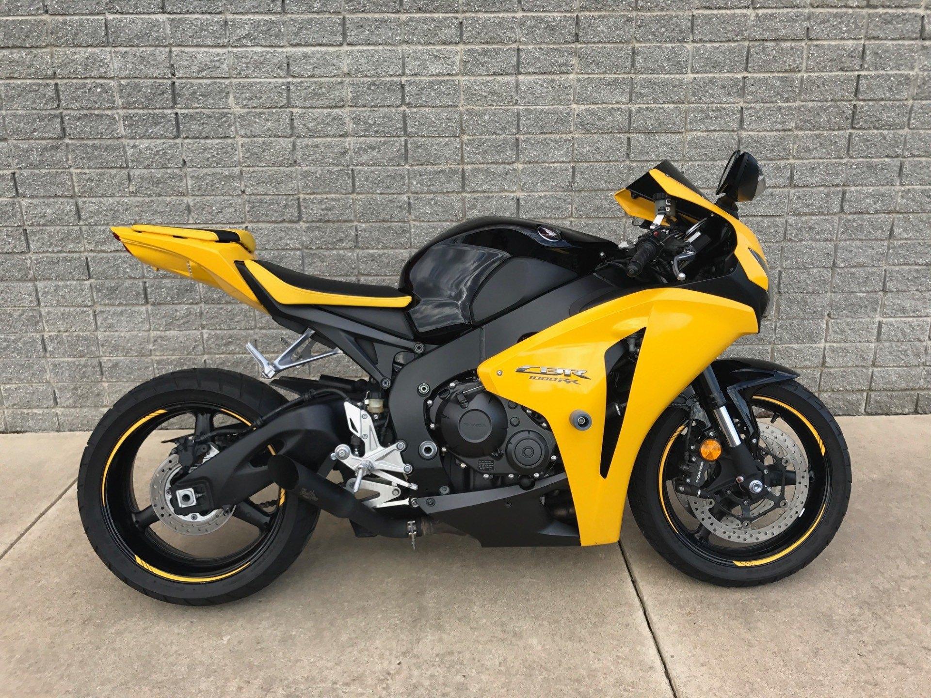 2008 Honda CBR1000RR 1