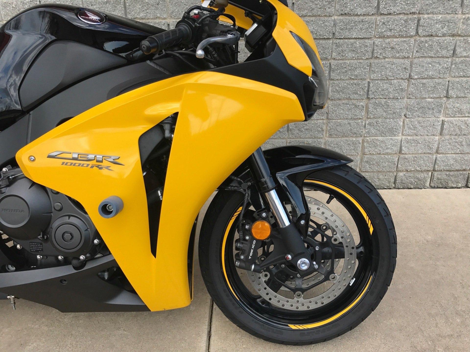 2008 Honda CBR1000RR 2
