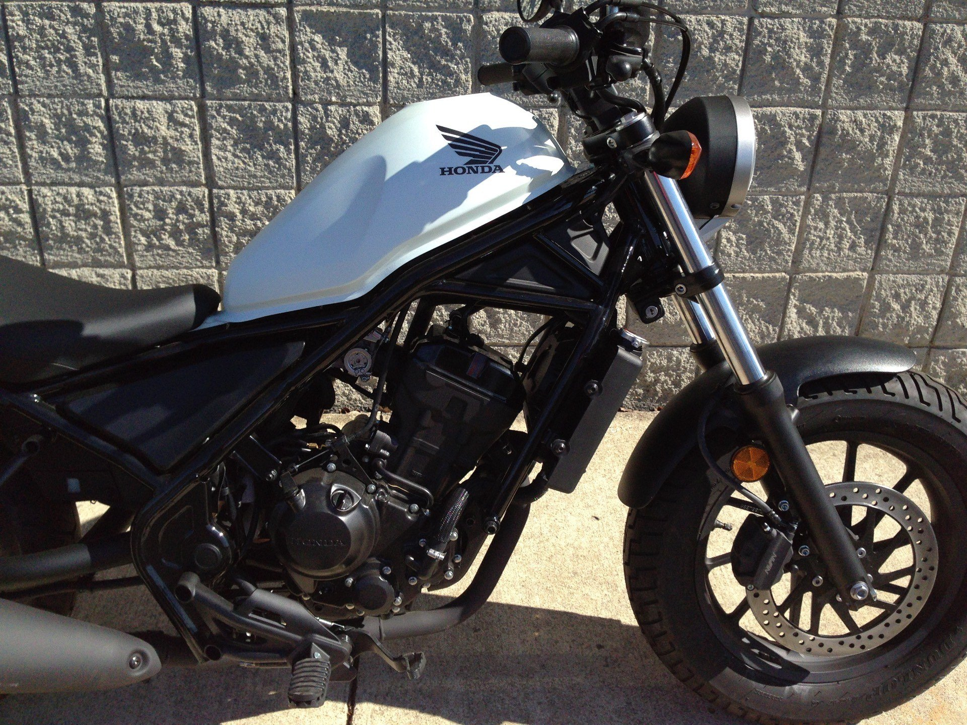 2017 Honda Rebel 300 11
