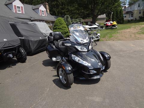 2010 Can-Am Spyder® RT-S SE5 in New Britain, Pennsylvania - Photo 1