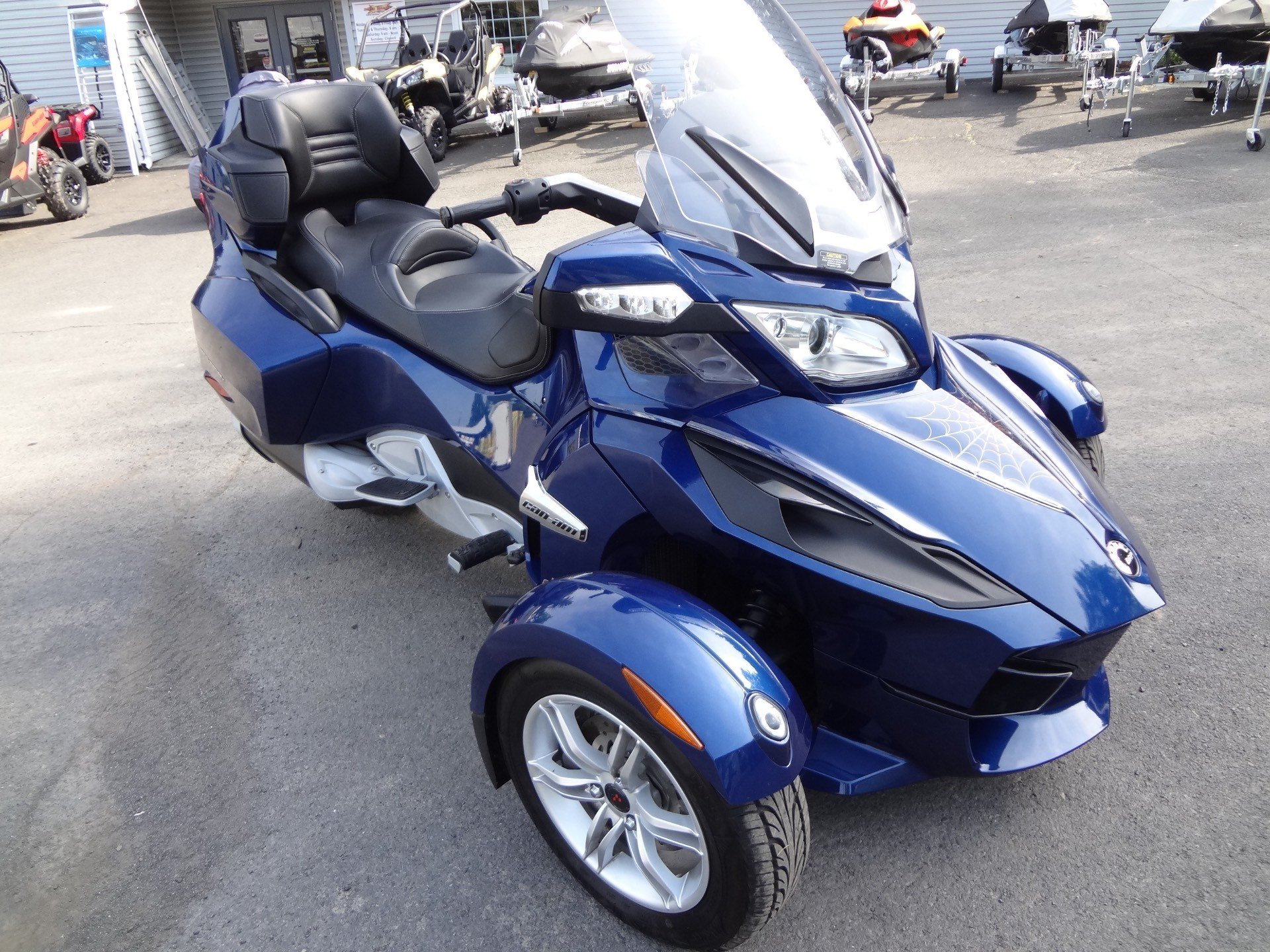 2010 Can-Am Spyder® RT Audio & Convenience SE5 in New Britain, Pennsylvania